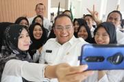 Bupati DRA Beri Penghargaan BPKAD Atas Capaian Penyerahan LKPD 2019 Tercepat se-Indonesia