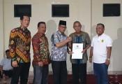 Bupati Muba Dodi Reza mengirimkan bantuan berupa pompa air yang diperuntukkan bagi mahasiswa asal Muba yang tinggal di Asrama Ranggonang dan Randik Yogyakarta.