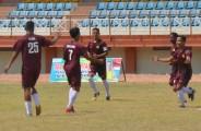 Para pemain Muba United melakukan selebrasi usai mencetak goal kegawang Persimura